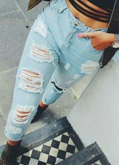 Perfect Ripped Jeans from Missguided.