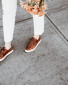 Shop handcrafted leather and canvas sneakers for women, including low lace, high tops and slip ons. Brown Leather Sneakers, Leather Shoes, Tennis Shoes Outfit, Tennis Tips, Cas, Spring Outfits, Slip On, Colors, My Style