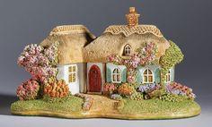 Lilliput Lane British Collection Pretty In Pink Lincolnshire 7cm L3707 New