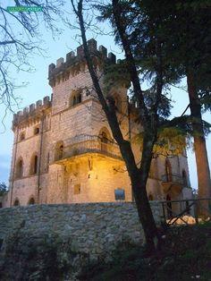 CASTEL SINDICI Situato a Ceccano (FR). 41°34′00″N 13°20′00″E