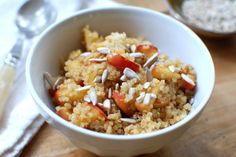 WOW okay here we go fall.  Maple-Braised Apples with #Quinoa