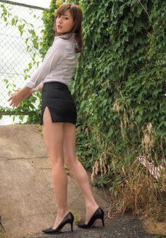 "kawaii-sexy-love: ""Yumi Sugimoto 杉本有美 """