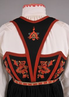 Folk Costume, Costumes, Textile Patterns, Textiles, Rosemaling Pattern, Hardanger Embroidery, Color Shapes, Traditional Dresses, Regional