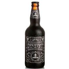 """""""A cerveja artesanal Schornstein Imperial Stout é encorpada, escura e muito saborosa. Apresenta aromas e sabores torrados, que remetem a café, chocola"""