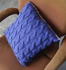 Grandmother's Pattern Book   free knit sofa pillow pattern