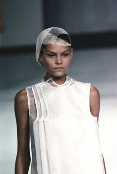 jilsanderson: Geotropics by Hussein Chalayan S/S 1999 Geotropism is the ability of plants to react to gravity. Whe - (Continued)