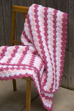 "This ""Criss Cross Shells Throw"" pattern from I Like Crochet is FREE for a limited time only!"