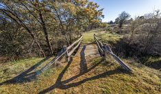 Bald Hill walking track, Hill End Historic Site. Photo: John Spencer/OEH