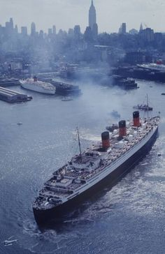 Queen Mary'S Last Voyage by Arthur Schatz | LIFE - Hosted by Google
