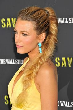 Blake Lively is our ultimate hair crush. From a fancy fishtail plait, to the perfect ponytail. Whether she's sporting blonde hair or red hair, she gets it right every time Prom Hairstyles For Long Hair, Plaits Hairstyles, Trendy Hairstyles, Straight Hairstyles, Greek Hairstyles, Hairstyle Photos, Korean Hairstyles, Fishtail Braid Hairstyles, Style Hairstyle