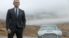 Daniel Craig in Skyfall  www.tikbuzz.co.uk