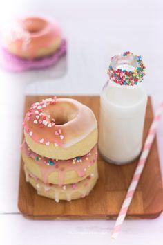 Recipe Donuts, Doughnuts. Ricetta ciambelle americane cotte al forno