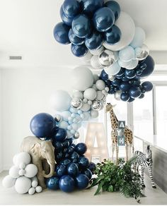 Baby Shower Gender Reveal, Baby Shower Themes, Baby Shower Decorations, Little Man Birthday, Baby Boy 1st Birthday Party, Balloon Arch, Balloon Garland, Deco Ballon, Safari Theme Party