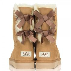 UGG® Australia Bailey Bow Chestnut Women's Boot ❤ liked on Polyvore featuring shoes, boots, uggs, bow boots, chestnut boots, ugg® australia shoes, bow shoes and ugg australia