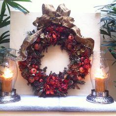 Colección Navidad 2014 Martha Sophia  Corona con peonias, hortensias y granadas