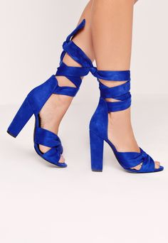 HEEL YEAH!!! Gorgeous Heels in Beautiful Cobalt Blue