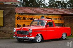 Holden FE - OLD SCHOOL ute! We had a second hand cream ute like this one in the Hot Rod Trucks, Cool Trucks, Pickup Trucks, Cool Cars, Pickup Car, Weird Cars, Holden Muscle Cars, Aussie Muscle Cars, Rat Rods