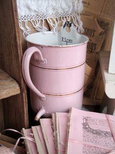 Emaille lavement roze. Pink enamel