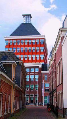 Provinciehuis Leeuwarden.