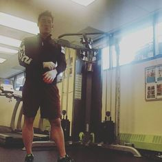 10 weeks 30 pull up Challenge  Week2 Day2 22 pull ups  Toronto #bodytransformation #fatloss #exercise #beforeandafter #naturalathlete# pull up Challenge  #northyorkpersonaltrainer # trainerjo