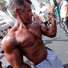 Throwback Thursday from Memorial Day 2014 Muscle Beach Competition. Pumping up before hitting the stage. First and only time I posed on an outdoor stage. I had the greatest time at Joe Wheatley's event. Much thanks to my coach @pete619muscle Going on the journey with me. 💪😎 #tbt #musclebeach #venicebeach #california #pumped #fitover50 #fitover40 #fitoverforty #fitcouple #fitcouplegoals #gym #muscles #health #fitness #PacificBeach #SanDiego #bodybuilding #WorldGym #worldgymglobal…