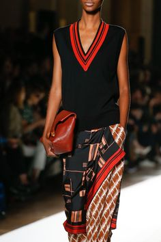 Dries Van Noten Spring 2018 Ready-to-Wear Fashion Show Details