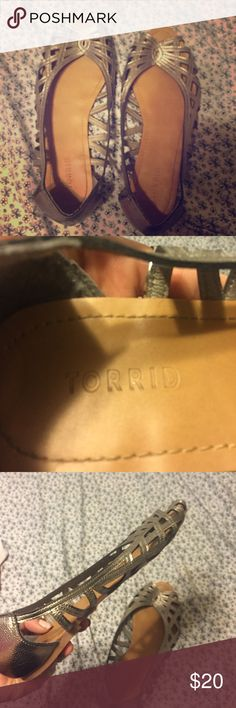 Torrid silver flats Silver flats from torrid! Worn like once torrid Shoes Sandals