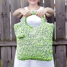 T-shirt Yarn crochet tote.