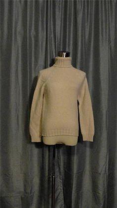 VALERIE STEVENS Ivory Off White 100% Two Ply Cashmere Turtle Neck Sweater Size M #ValerieStevens #Turtleneck #Cashmere #Sweater