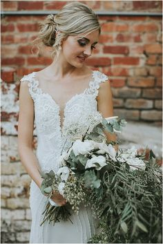 Marno & Jaunmari se industriële troue Lace Wedding, Wedding Dresses, Industrial Wedding, Fashion, Bride Dresses, Moda, Bridal Gowns, Fashion Styles, Weeding Dresses
