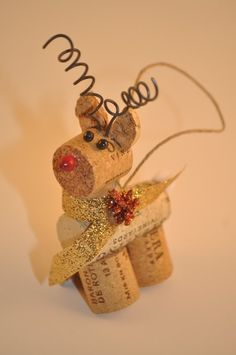 Set of 4 Wine Cork Reindeer Ornaments Rudolph by ReconditionaILove Wine Craft, Wine Cork Crafts, Wine Bottle Crafts, Crafts With Corks, Wine Bottles, Wine Cork Ornaments, Reindeer Ornaments, Christmas Tree Ornaments, Reindeer Christmas