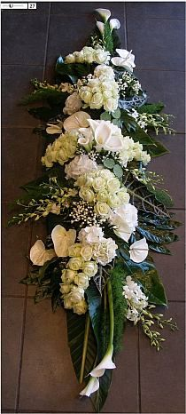 Funeral Floral Arrangements, Church Flower Arrangements, Church Flowers, Beautiful Flower Arrangements, Funeral Flowers, Beautiful Flowers, Wedding Flowers, Flowers Garden, Beautiful Pictures
