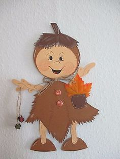 Autumn Decorating, Fall Decor, Paper Roll Crafts, Diy And Crafts, Perro Papillon, Diy For Kids, Crafts For Kids, Fall Preschool, Autumn Crafts