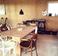 plywood-dining-space-walls-table-x.jpg 399×387 pixels