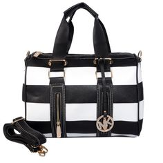 My new Michael Kors~save 87% off!unbelievable cheap sale o.O you'll gonna love this site:D | See more about black white, handbags michael kors and michael kors outlet.