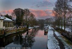 Snow dusts the path by the Grand Union Canal near Hemel Hempstead, Hertfordshire