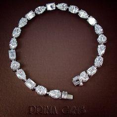 I like this Fine jewelry bracelets! Diamond Bracelets, Sterling Silver Bracelets, Diamond Jewelry, Bangle Bracelets, Heart Bracelet, Silver Earrings, Necklaces, Saphir Rose, Schmuck Design