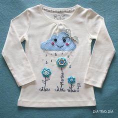 """Camiseta """"En Abril, aguas mil"""" blanca, Niños y bebé, Ropa, Ropa, Camisetas…"""