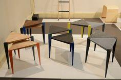 「Adaptable」単体、もしくは組み合わせて使えるミニテーブル。脚はメタル、トップはクルミ、カエデ、ベルギー産ブルーストーンなど。