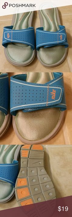 Size 8 Nike comfort footbed sandals Size 8 Nike comfort footbed sandals Nike Shoes Sandals