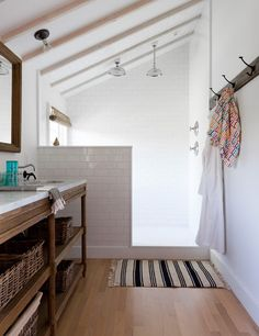 Set Your Shower Free! Open Shower Renovation Inspiration   Apartment Therapy
