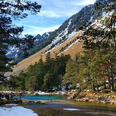 #cauterets #montagne #neige #pontdespagne #nature #arbres #paradis #tranquil #beau #magnifique #heaven #midipyrenees #eaubleue #cielbleu #amazing #landscape #landscapeaddict #landscape_lovers by adeline.m.photography