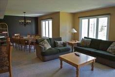 VRBO.com #59420 - Blue Mtn Condo Facing the Mountains- Some August Available!!! Places Of Interest, Vacation Rental Sites, Stuff To Do, Condo, This Is Us, Cottage, Sofa, Flooring, Mountains