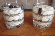 Delicious Protein Packed Parfaits In Minutes Healthy Cooking, Cooking Tips, Protein Pack, Parfait, Clean Eating, Pudding, Desserts, Food, Tailgate Desserts