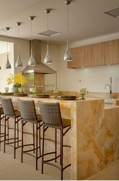 25 Stylish Kitchen Bar Counters For Open Layouts