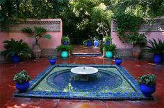 Entree du Jardin Majorelle a Marrakech