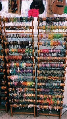 Bracelets , necklaces, etc Mundo Hippie, Estilo Hippie, Summer Bracelets, Cute Bracelets, Leather Bracelets, Handmade Bracelets, Jewelry Bracelets, Cute Jewelry, Jewelry Accessories