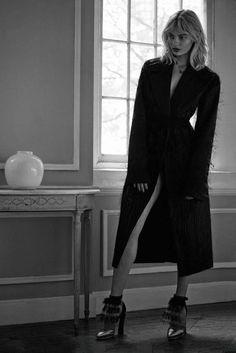 Wonder of Nature  Elle Russia November 2014 Model: Stef Van der Laan Photographer: Marianna Sanvito Fashion Editor: Renata Kharkova Hair: Jerome Cultrera Make-up: Mark Edio