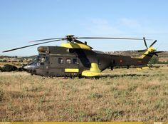 AviationCorner.net - Aircraft photography - Aerospatiale AS 332B1 Super Puma
