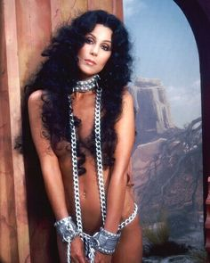 Google Image Result for http://blogue.us/wp-content/uploads/2009/11/cher-photo-cher-6227114.jpg